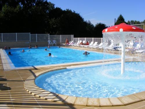 Camping nord pas de calais avec piscine camping des 3 for Camping pas de calais avec piscine couverte